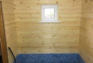 Строительство каркасной бани - оформление пола в помывочной комнате